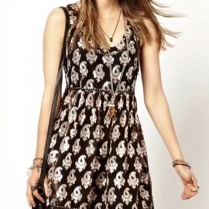 Free People women's dress size 4 black and white